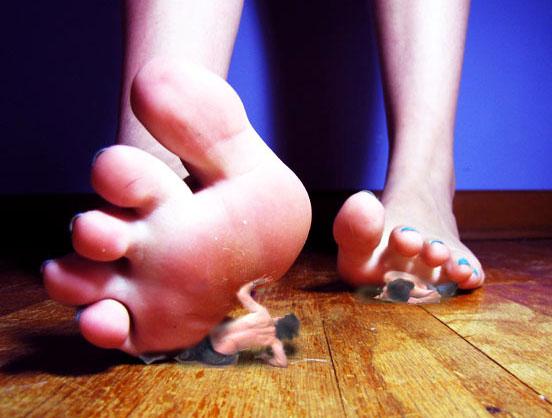 Asian Giantess Feet Pov