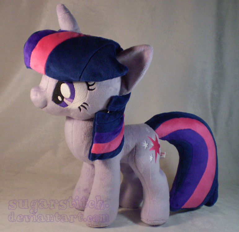 MLP FiM: Twilight Sparkle by sugarstitch