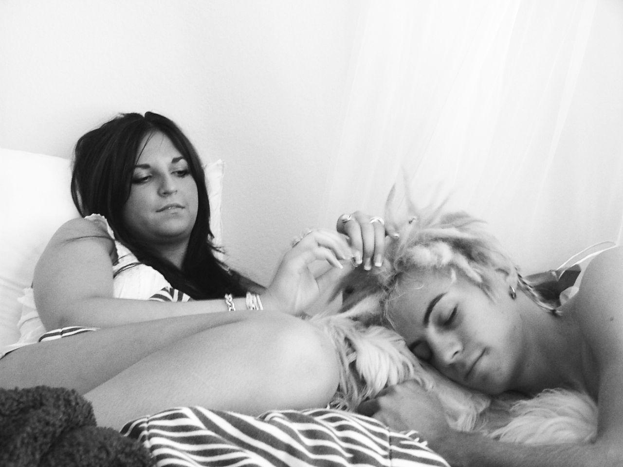 India summer lesbian massage
