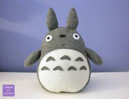 Totoro Plush with Tutorial by yumcha