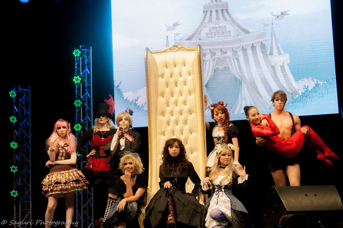 J-Fashion show- Welcome to the Circus by sayuri13