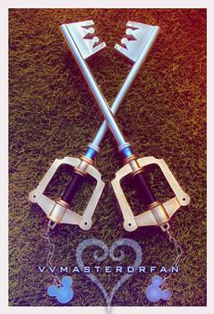 Kingdom Key Keyblades by vvmasterdrfan