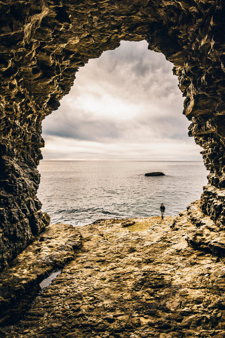 Sea Cave by 5isalive