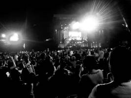 journey concert. manilaaa09. by minaohdate24