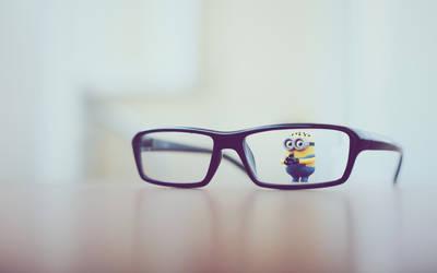 Glasses-minion-toy
