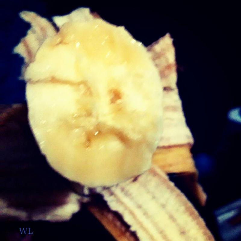 sad banana by Kyumi-Jyumi