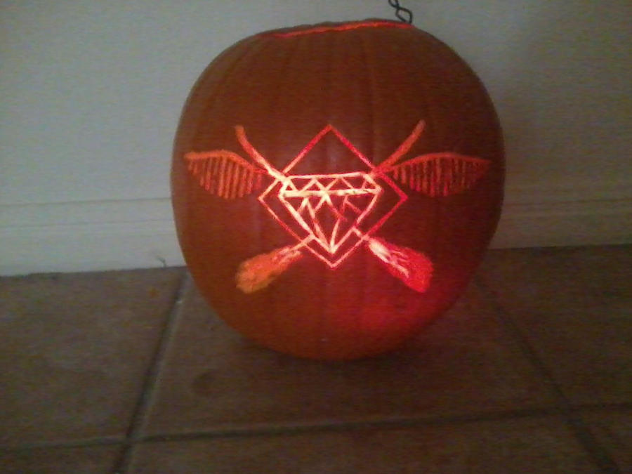 Diamond Cup Pumpkin by BeautifullyRandom