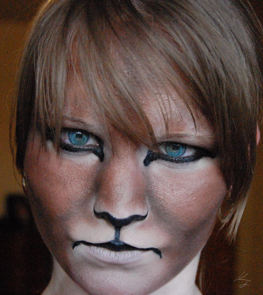 Lion Face Makeup Lion Face Makeupby Zinth Vien