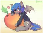 Moonslurps huggin' a mango