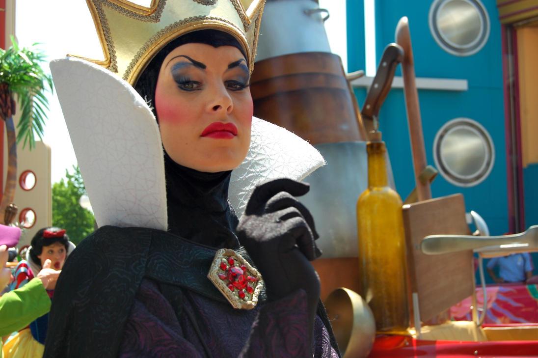 evil queen makeup - 1096×729