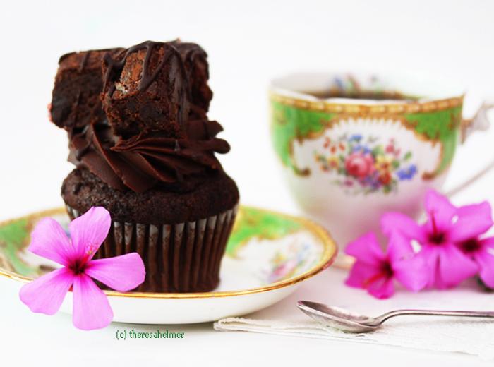 Chocolate Fudge Brownie Cupcake by theresahelmer