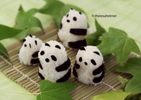 Panda Bear Rice Balls n We Heart Autumn by theresahelmer