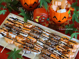 Easy Halloween Marshmallow Treat by theresahelmer