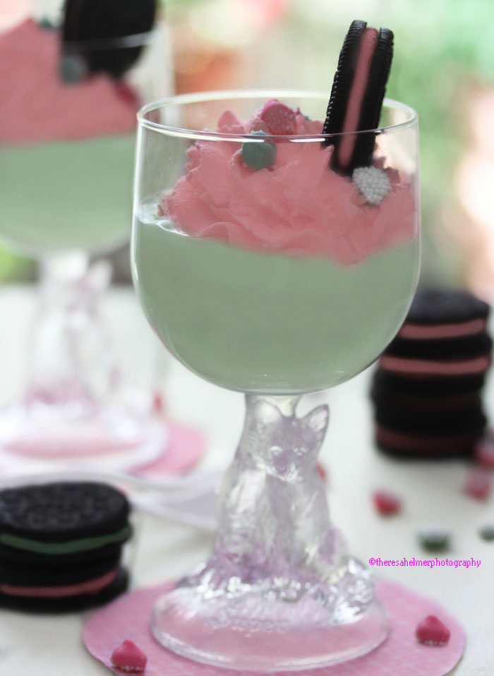 Mint Mousse w Strawberry Whipped Cream n Oreos by theresahelmer