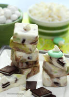 Homemade White Chocolate Mint Fudge by theresahelmer
