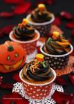 Mini (bite size) Halloween Cupcakes