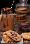 Dark and White Chocolate Cookies + Chocolate Shake