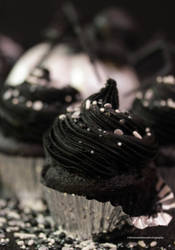 Blackout Chocolate Cupcakes by theresahelmer