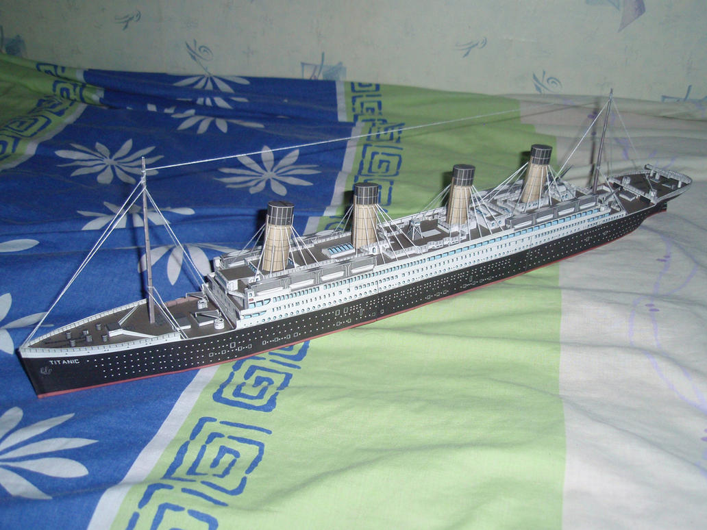 RMS Titanic by BHAAD