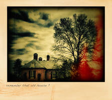 That Old House by cenkphoto