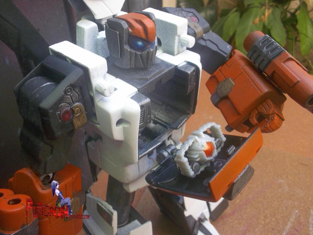 transformers custom bravo prime by puticron