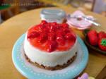 Strawberry Japanese cheesecake miniature