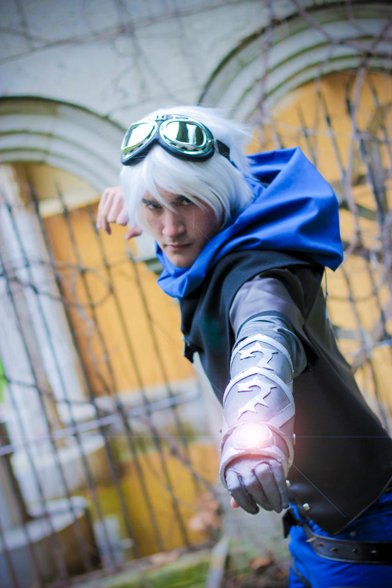 Ezreal (League of Legends) by AraragiSakata on DeviantArt