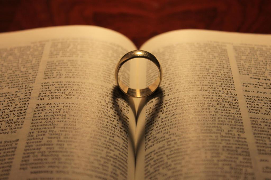 inexpensive wedding rings wedding ring bible pictures