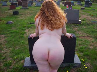 BBW Moonsinger 'Grave' by revwholf
