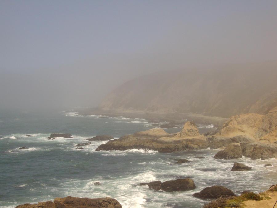 Foggy Coast by Bleachfangirl