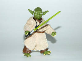 Toy Family - Yoda 1 by LinearRanger