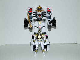 White Ranger and Tigerzord by LinearRanger
