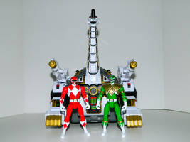 Red and Green Ranger and Titanus by LinearRanger
