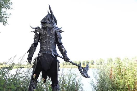 Skyrim daedric armour, waterfront