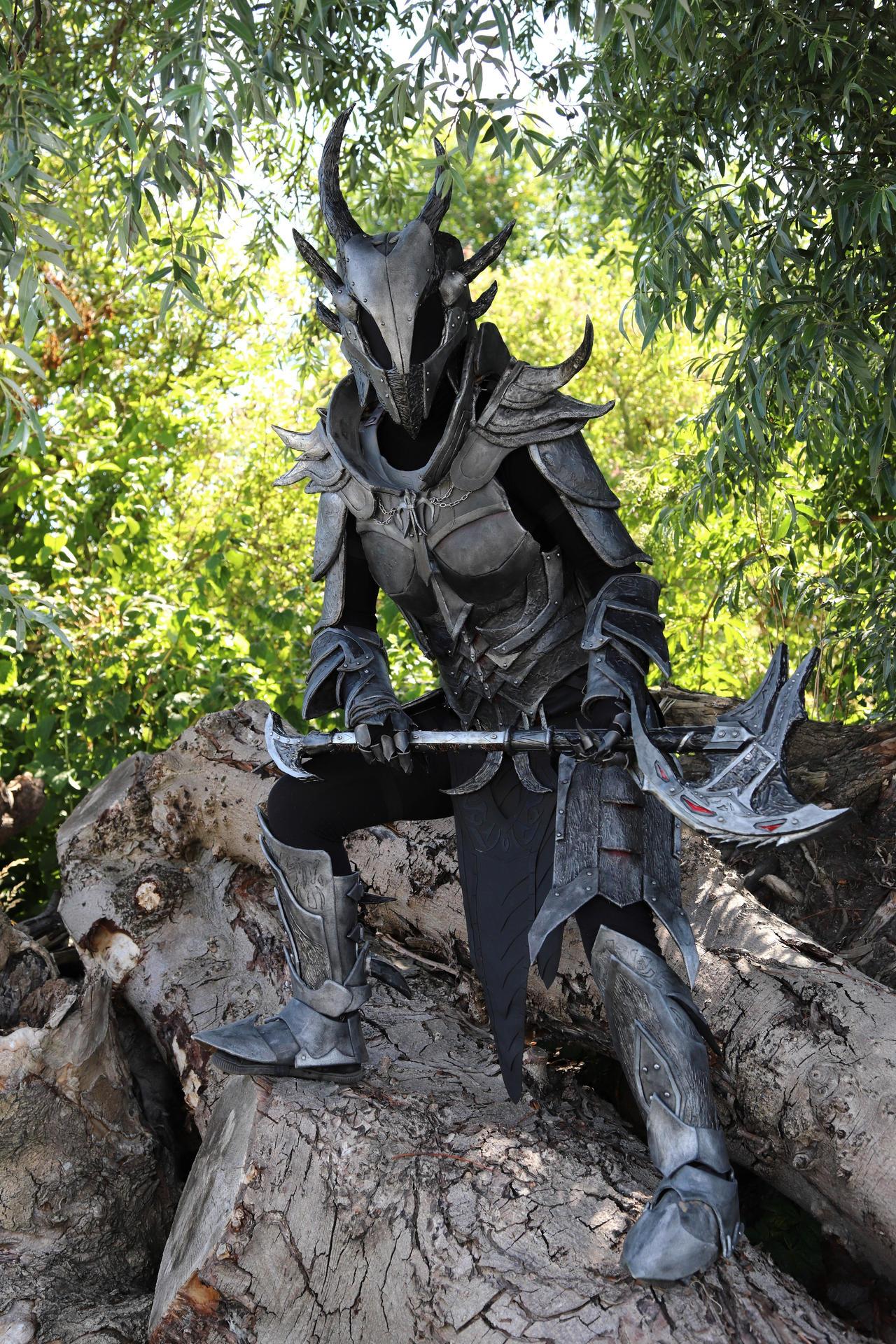 Skyrim Daedric armour
