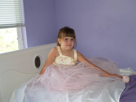 Taylor Sitting