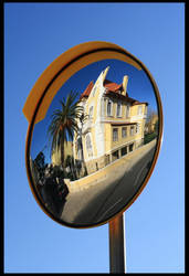 Mirrors... a diferent view of the world