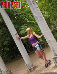 Lucy Heartfilia Sun Village - Fairy Tail cosplay by onlycyn