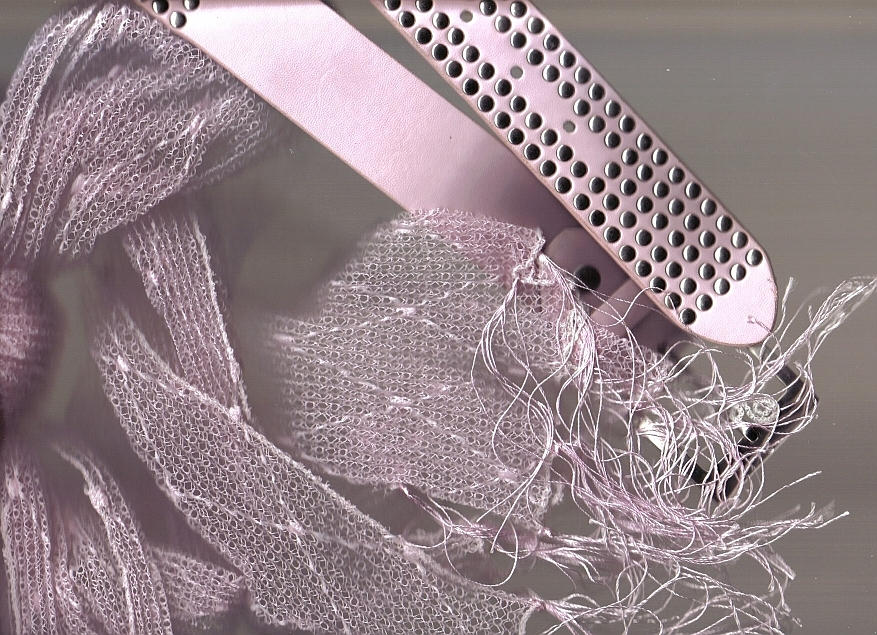 Instalation: Pink by AoiNoKitsune