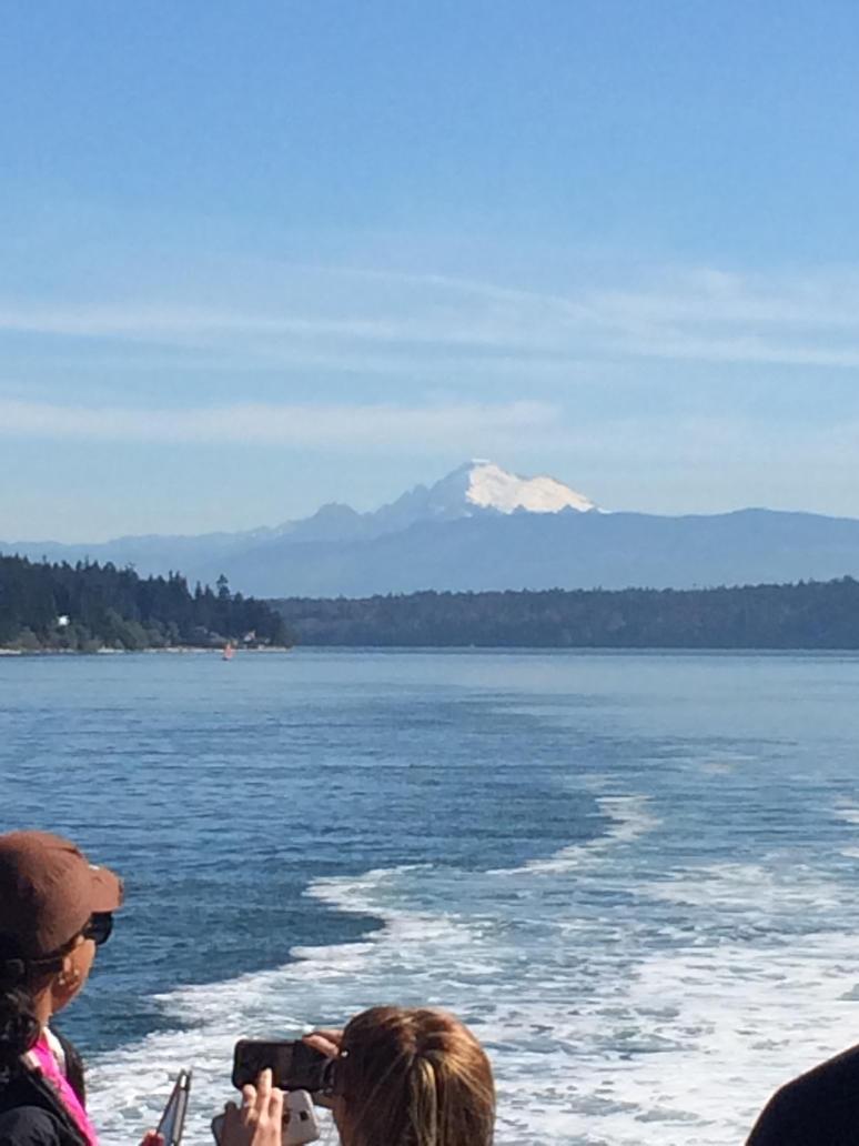 Mt. Rainier by C1arkKent