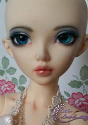 Fairyland - Minifee Chloe by mira-Ri