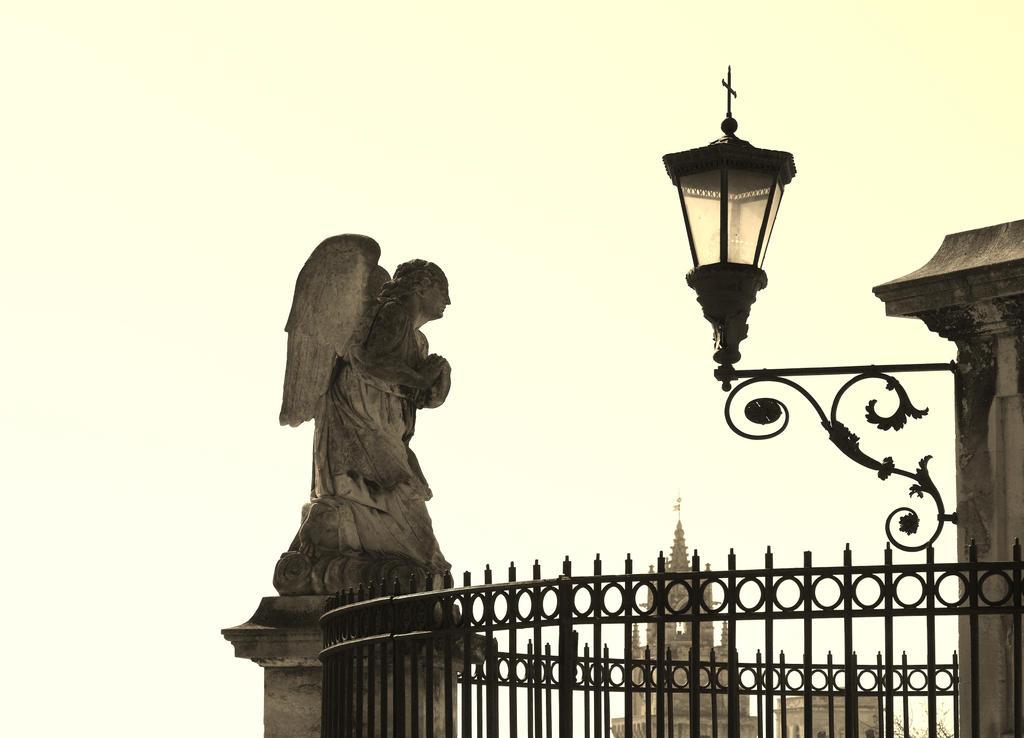 pray for my city by epsilon3-artphoto