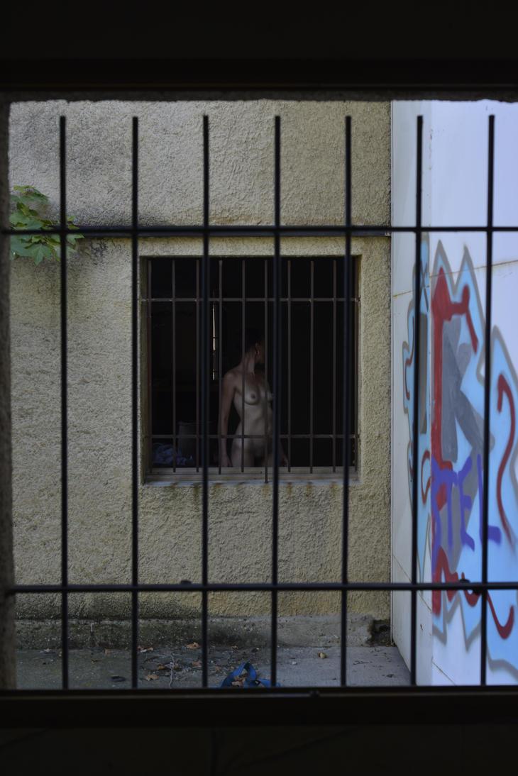derriere les barreaux by epsilon3-artphoto