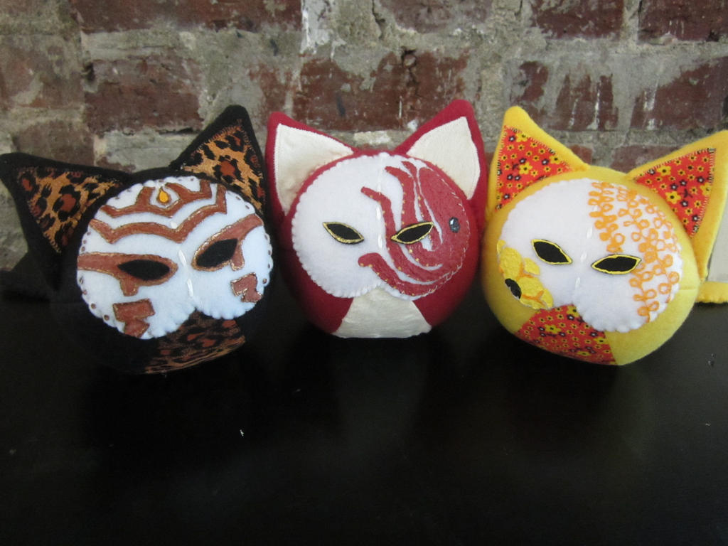 More kabuki kitties :D by Rei2jewels