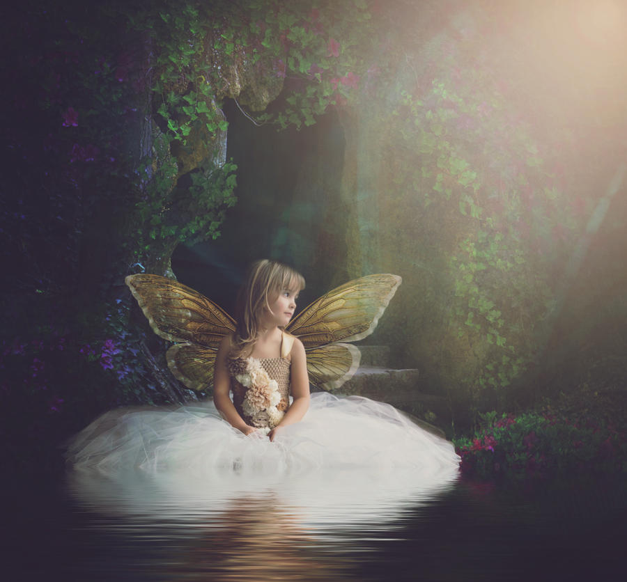 Fairy Elisabeth by DesiraeR