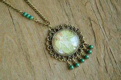 Necklace Green Fairy Mucha by Cellutinn