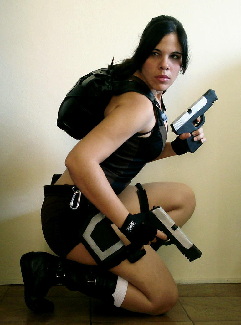 Lara Croft Tomb Raider Cosplay by Jessie-TR