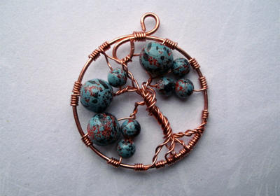 Wire tree pendant by Slavjana