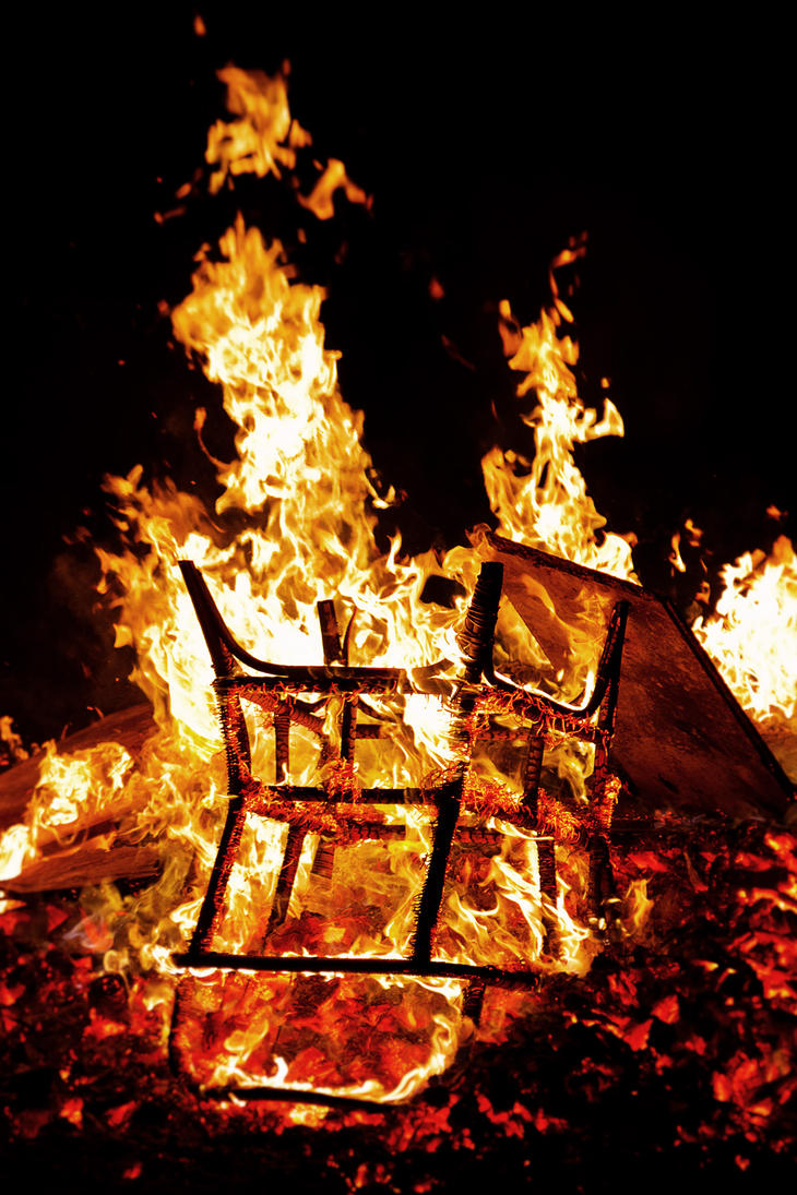 Attrayant Chair Fire By Aekschen ...
