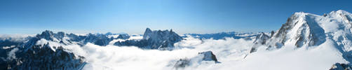 Aiguille du Midi Panorama 2 by UkoDragon